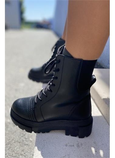 İnan Ayakkabı KADIN BOT Siyah
